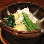 京 上賀茂 御料理秋山 - 鱧と玉葱の蒸し物 (2015/08)