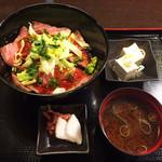 41787434 - 飛騨牛ローストビーフ丼