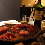 41787580 - 本日のお肉と赤ワイン