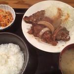 41792577 - ランチ一番人気 生姜焼き定食 1000円