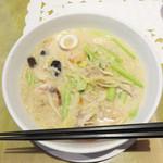 華風 福寿飯店  - 福岡で頂く熊本の郷土料理『太平燕(タイピーエン)』です。但し、このお店ではタイピーエンではなく、『春雨のチャンポン風』という名称になっています。