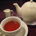 西洋菓子しろたえ - 紅茶
