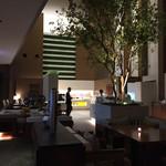 大阪マリオット都ホテル クラブラウンジ - カクテルタイムのクラブラウンジ