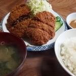 亜希 - メンチカツ+定食 1,350円