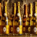 ■特別に仕入れたブティックワインを含む400銘柄を超えるワイン