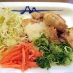 松屋 - おつまみ豚焼肉¥280紅生姜(無料)を添えて色合い良好