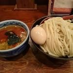三田製麺所  - 辛つけ麺大盛400㌘半熟玉子、計880円