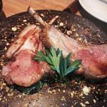 41805582 - ラム肉のシェリーソースがけ