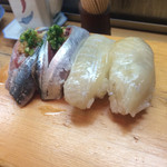 たから舟 - 秋刀魚(150円) えんがわ(500円)