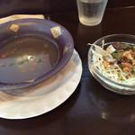 41809334 - 9/3再訪 スープとサラダ