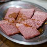 焼肉 はせ川 - 料理写真:2015.9 ザブトン(1,580円)