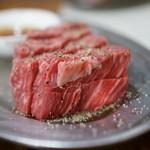 焼肉 はせ川 - 2015.9 ヒレ(1,580円)厚切り
