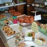 ブランチ - 料理写真:色んなジャンルのパン