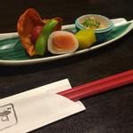 和食厨房 ゆず - 芸術作品かと思ったお通し。どれも美味しいです。