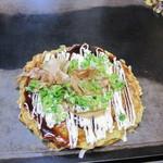 41814082 - モダン(唐麺)半玉