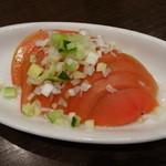 紅虎餃子房 - トマトの葱ドレッシング(小、210円)のお代わり