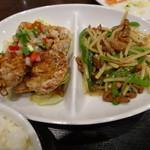 紅虎餃子房 - 油淋鶏とチンジャオロースー