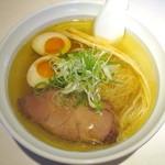 マルエス食堂 - しおら~めん_700円