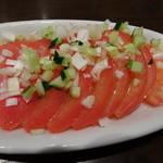 紅虎餃子房 - トマトの葱ソース