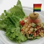 カフェ トラペジオ - クスクスのサラダ。お子様は食べやすく、大人は大人の味で。