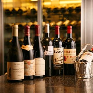 ベテランソムリエが厳選したワインをお楽しみください。
