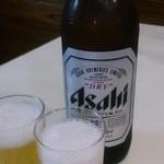 早槻 - ドリンク写真:瓶ビールで乾杯