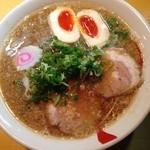 41836706 - 醤油ラーメン+煮玉子