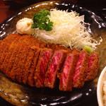牛かつもと村 - 肉ダブル・麦めし定食