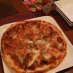 サザンガーデン - タコスピザです。ボリュームあります。