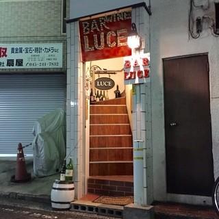 LUCE - 入り口階段