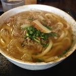 手打ちうどん 縁 - 肉うどん(680円)