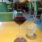 41848293 - +グラスワイン200円チリ、サンタレジーナ カベルネソーヴィニヨン