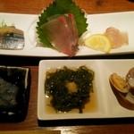 41849244 - 「刺身」と「前菜」(¥4,500コース)