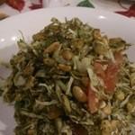 May - お茶の葉サラダ