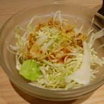小倉鉄なべ餃子 - キャベツ