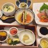 さぎの湯荘 - 料理写真:夕食(前菜、茶碗蒸し、お造り、ズワイガニの砧巻き、鮭の酢の物)