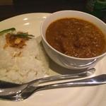 ゆうじ屋 - 海老と帆立の薫製カレー