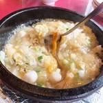41857377 - 孫・海鮮炒飯、ふかひれやズッキーニの花が入る