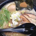 麺やケイジロー - 鶏白湯麺(全部のせ)