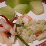 レストラン イル・ペペ - カットメロンとサラダ類