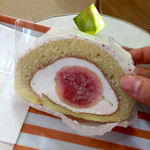 クルル - 料理写真:丸ごと無花果ロール
