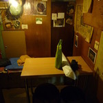 ノラ - テーブル席(奥の部屋)