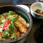 梓御食事処 - 料理写真:煮豚丼