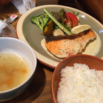 cafe soto - サーモンのクリームソース1250円。