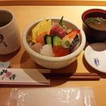 旭鮨総本店 - ランチちらし\1,015