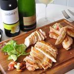 Roast Chicken&M.C.Cafe Bon - 料理写真:おすすめチキン盛り合わせ