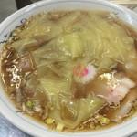 中華そば みたか - チャーシューワンタン麺(750円)。
