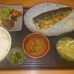 41886439 - 日替わり定食(鯖の塩焼き)750円