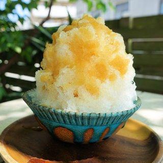 喫茶ニワトリ - 料理写真:完熟パイナップルのかき氷