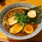 麺屋 すずらん - 2015 #005@Wスープ醤油らーめん¥780